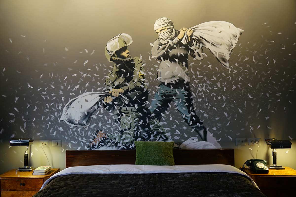 Resultado de imagen para the walled off hotel
